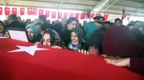ŞAMİL TAYYAR - Şehit Özden'in Cenazesi Gaziantep'te Toprağa Verildi