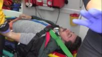 AKMEŞE - Tekerleği Çıkan Otomobil Kaza Yaptı Açıklaması 1 Yaralı