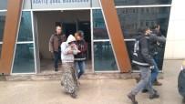 KAMYON LASTİĞİ - Aile Boyu Teker Hırsızları Son Vurguna Giderken Yakalandı