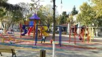 AVCILAR BELEDİYESİ - Çocuklar, Ahmet Yesevi Parkı'nda Tatilin Tadını Çıkarıyor