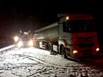 ZİNCİRLEME KAZA - Çorum'da Zincirleme Trafik Kazası Açıklaması 7 Yaralı