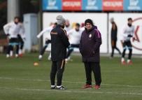 FLORYA METIN OKTAY TESISLERI - Galatasaray, Osmanlıspor Maçı Hazırlıklarını Sürdürdü