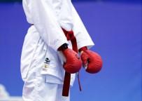 MİLLİ SPORCULAR - Karatede Sezon Paris'te Başlıyor