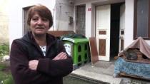 EVDE TEK BAŞINA - 'Küçük Köşk'ünde 65 Kedisiyle Yaşıyor