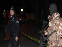 ÖZEL HAREKAT POLİSLERİ - Gece kulübüne silahlı saldırı: 1'i ağır 3 yaralı