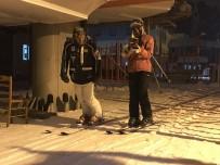 SÖMESTR TATİLİ - Sarıkmış Cıbıltepe Kayak Merkezi'nde Gece Kayağı Yapıldı