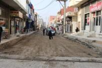 YAYA GEÇİDİ - Silopi'de Cadde Onarım Çalışmaları Devam Ediyor