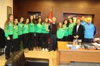 TAHSIN KURTBEYOĞLU - Söke'nin Şampiyon Kızlarından Protokol Ziyaretleri