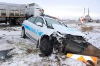 TRAFİK POLİSİ - Aksaray'da Trafik Kazaları Açıklaması 2'Si Polis, 1'İ Jandarma 21 Yaralı