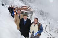 Eren Bülbül'ün Mezarının Bulunduğu Yerde Ailesi İçin Yapılan Evin Yapımı Karda Kışta Devam Ediyor