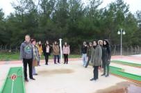 MANEVIYAT - Eyüpsultanlı Kız Öğrenciler Simurg Kış Kampı'nda Buluştu