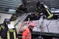 MILANO - İtalya'da Tren Raydan Çıktı Açıklaması 2 Ölü