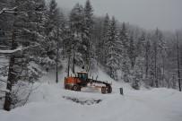 Kabadüz'de Etkili Kar Yağışı
