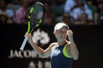 MELBOURNE - Kadınlarda Finalin Adı Halep - Wozniacki Oldu