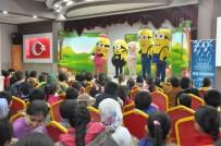 DERS PROGRAMI - Minyonlar Çocuk Tiyatrosu İlçelerde Çocuklarla Buluştu