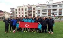 MURAT KAHRAMAN - Salihli Belediyespor'dan Zeytin Dalı Harekatı'na Türk Bayraklı Destek