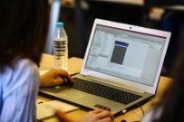 KADIN GİRİŞİMCİ - 100 Kadın Yazılımcı Turkcell'de İşbaşı Yaptı