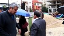 TOPRAK KAYMASI - Adana'da Temel Kazısında Toprak Kayması
