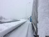 Adana'da Ulaşıma Kar Engeli