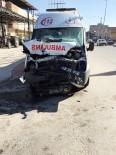 SÜLEYMAN DEMİREL - Alaşehir'de Ambulans Kaza Yaptı Açıklaması 5 Yaralı