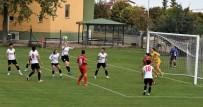 HÜSEYIN TÜRK - Döşemealtı Kadın Futbol Takımı Türkiye Şampiyonasına Hazırlanıyor