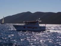 KARGO GEMİSİ - Gemi Personelinin İmdadına Bodrum Deniz Kurtarma Derneği Ekipleri Yetişti