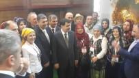 VASIP ŞAHIN - İstanbul Valisi Şahin, Akçakoca Standını Ziyaret Etti