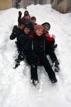Kar Yağışına En Çok Çocuklar Sevindi