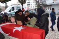 MEHMET YAPıCı - Kazada Ölen Polis Son Yolculuğuna Uğurlandı