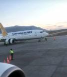 Motoru Arızalanan 110 Yolculu Uçak Pistte Kaldı