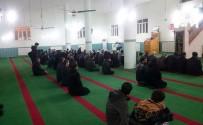 Namazda Buluşan Vatandaşlar Mehmetçik İçin Dua Etti