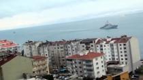 HASAN İPEK - Savaş Gemileri Sinop İskelesi'ne Demirledi