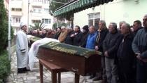 ANAOKULU ÖĞRETMENİ - Trafik Kazası Kurbanı Kardeşler Toprağa Verildi