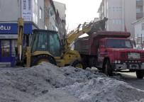KAR TEMİZLEME - Yurttan Kar Manzaraları