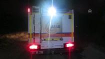 HASAN KESKIN - Afyonkarahisar'da Hafif Ticari Araç Devrildi Açıklaması 8 Yaralı