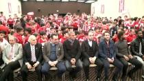 İZMIRSPOR - Hamzaoğlu, Hayatını Anlatırken Duygulandı
