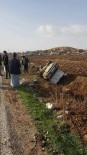 KARAALI - Şanlıurfa'da Devrilen Otomobilin Sürücüsü Yaralandı