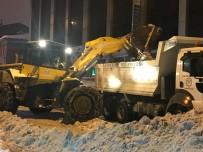 KAR TEMİZLEME - Sarıkamış Belediye Karla Mücadele Çalışması Başlattı