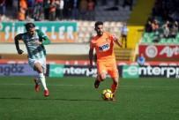 HANLı - Süper Lig Açıklaması A. Alanyaspor Açıklaması 1 - Bursaspor Açıklaması 1 (İlk Yarı)