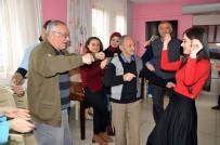 KOCABAŞ - Yaşlılara Mutluluk Oldular