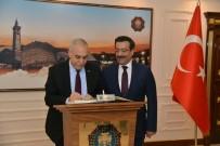 DİYARBAKIR VALİSİ - Bakan Fakıbaba Büyükşehir Belediye Başkanı Atilla'yı Ziyaret Etti