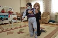 ZİYA PAŞA - Down Sendromlu Emirhan Kanserden Hayatını Kaybetti