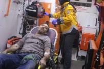 UZUNTARLA - Emniyet Şeridindeki Otomobile Tır Çarptı Açıklaması 1 Yaralı