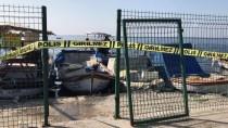 DENİZ POLİSİ - İzmir'de Denizde Ceset Bulundu