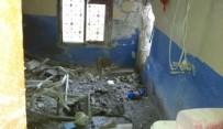 EVDE ÇALIŞMA - Reyhanlı'da Bir Evin Banyosuna Roket Düştü