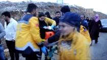 Yozgat'ta Otomobil Devrildi Açıklaması 4 Yaralı