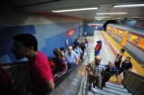 ENGELLİ ASANSÖRÜ - Yürüyen Merdiven Ve Engelli Asansörlerinde Denetim Yapıldı