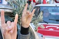 CİLVEGÖZÜ SINIR KAPISI - Zeytin Dalı Harekatı'na Yüzlerce Araçlık Konvoyla Destek Verdiler