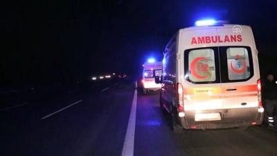 Anadolu Otoyolu'nda Trafik Kazası Açıklaması 5 Yaralı
