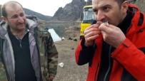 KıLıÇKAYA - Barajda Tuttuğu Balığı Çiğ Yedi